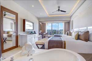 Luxury Junior Suite Ocean View Diamond Club™ - Hideaway at Royalton Saint Lucia Resort & Spa - All Incusive - St Lucia